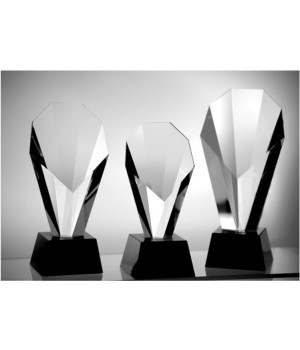 Legacy Crystal Trophy-170mm